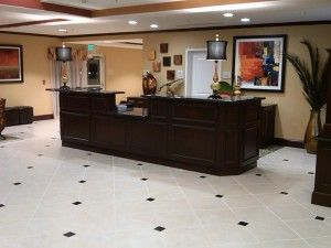 Receptionist desk at Hilton by I&E Cabinets